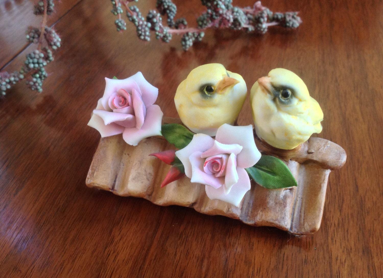 Capodimonte chickadee bird figurine pink roses hallmark - Chickadee figurine ...