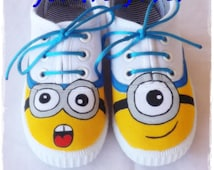 Minion shoes, Despicable Me shoes, despicable me, personalized shoes, custom shoes,  Shoes with the name