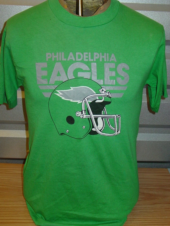 Vintage 1980s philadelphia eagles retro football t shirt for Eagles football t shirts