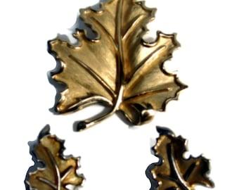 Leaf Jewelry Set  Brooch and Earrings Massive Signed Trifari