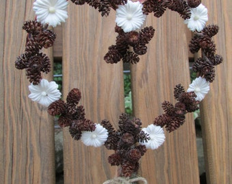 Pinecone Heart Wedding Cake Topper, Pinecone Wedding, Pinecone Cake Topper, Pinecones and Flowers, Heart Cake Topper, Rustic Heart Topper