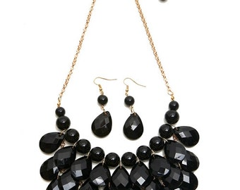 Black Pearl/Faceted Teardrop Chain Necklace & Earring Set