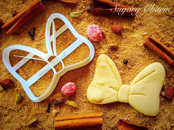 Bow, ribbon cookie cutter