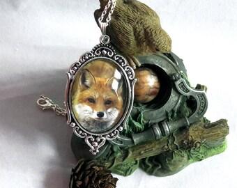 Victorian Fox pendant