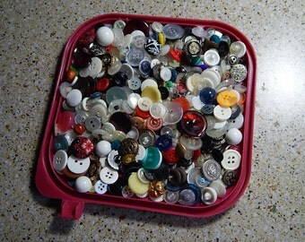 Buttons Lot of 8 oz. Vintage Plastic + Metal Shirt/Coat Craft Supplies