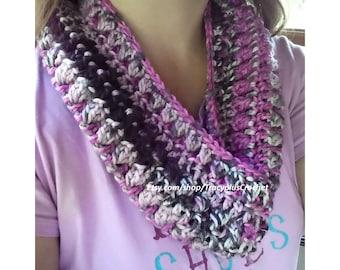 Cowl. Scarf. Neckwarmer. Crochet Cowl. Handmade Cowl. Crochet scarf. Handmade scarf.