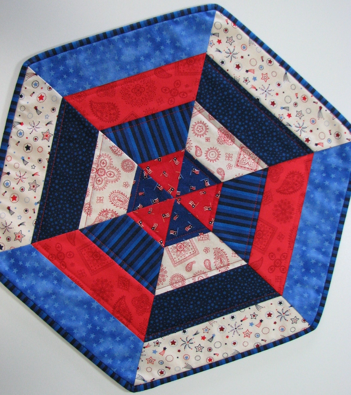 Free Patterns For Quilted Candle Mats : Quilted Patriotic Table Mat Americana Quilted Candle Mat Red