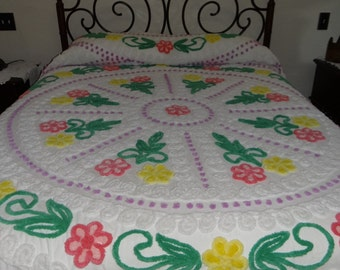 Gorgeous Vintage Chenille Bedspread, White, Lavender, Green, Pink, Yellow, Excellent