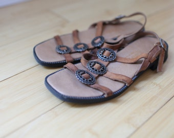 vintage woven brown leather sandals womens 5 1/2 *