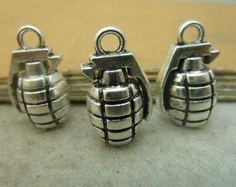 5 pcs 11x13x22mm Antique silver 3D solid Grenades charms pendants