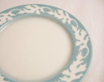 Vintage Syracuse Oakleigh Pattern 9-1/2 Inch Luncheon Plate