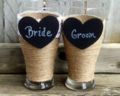 Personalized Wedding Glasses / Wedding Champagne Glasses / Gift for Couple  / Rustic Wedding Toasting Glasses / Bride and Groom Beer Glasses
