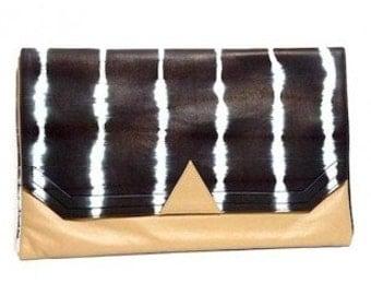 """BALANCE package """"Azteclutch"""" tie & dye black lambskin leather"""