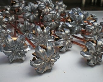 20 Expanded Bullet Flowers With Copper Stems Wedding Floral Bouquet