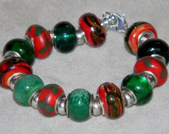Beaded bracelet - reds and greens