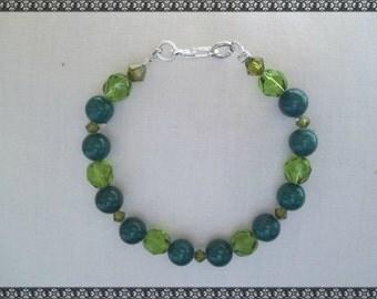 green bracelet, crystal bracelet, dark green bracelet, dark green, light green