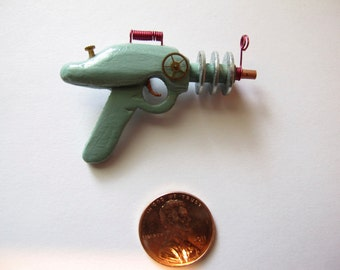 Ray Gun 002 - NOT FOR SALE - mini blaster