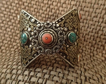 Antique Vintage Tibetan Turquoise and Coral Silver Bracelet