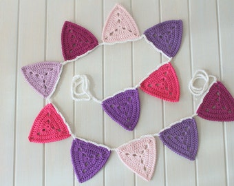 Crochet Triangle Bunting in Purple and Pinks