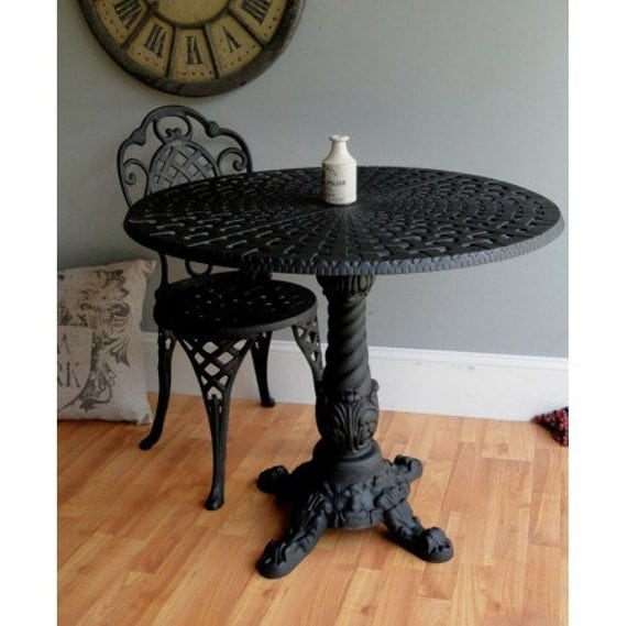 Outdoor Victorian Table: Victorian Style Garden Table Great For Cafe Coffee Shop
