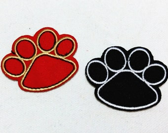 Red Black Animal Feet (5 x 4.5 cm) Embroidered Iron on Applique Patch (ALW)