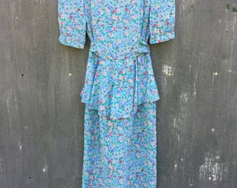 Floral springy dress by SL Petites