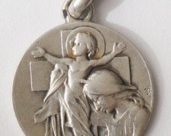 Exquisite Old Religious Medal Child Jesus