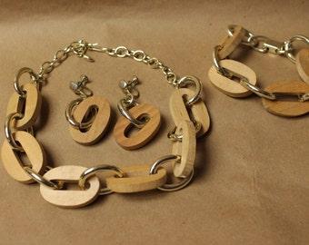 Mid Century 3 Piece Jewelry Set Made of Wood Earrings/Necklace/Bracelet c.1960's