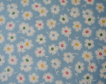 "Fat quarter of Fresh Air by American Jane Patterns Sandy Klop for Moda Daisies on light blue background. Approx. 18"" x 22"" Printed In Japan"
