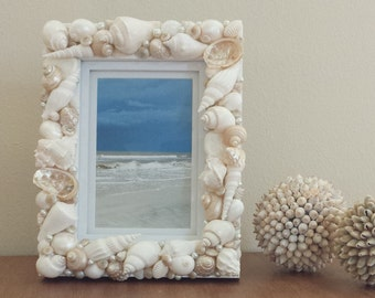 Beach Decor, Shell Frame, Seashell Frame, Beach Photo Frame, Shell Photo Frame, Costal Decor, Nautical Decor, Beach Wedding Gift