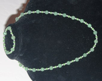 Green and gray beaded necklace set