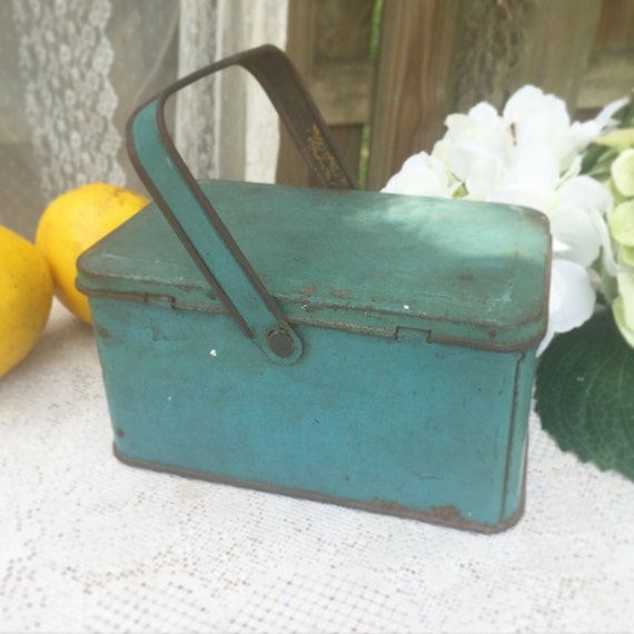 Decorative Box Lunches : Blue decorative tin basket lunch box pail w by