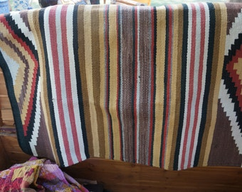 FREE SHIPPING USA Vintage Authentic Navajo Blanket Horse Blanket Wall Hanging Rug / Vintage Indian Rug / Vintage Native American Rug Blanket