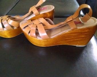 Women's tan platform wedge sandals. Size 7