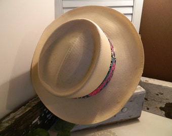 Vintage Genuine Town Talk Panama Straw Hat