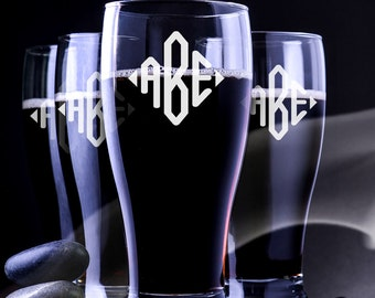 4 Engraved Pilsner Glass - Custom Pilsner Glass - Pilnser Glass For Wedding - Beer Mug - Engraved Beer Mug - Groomsmen Pilsner Glass