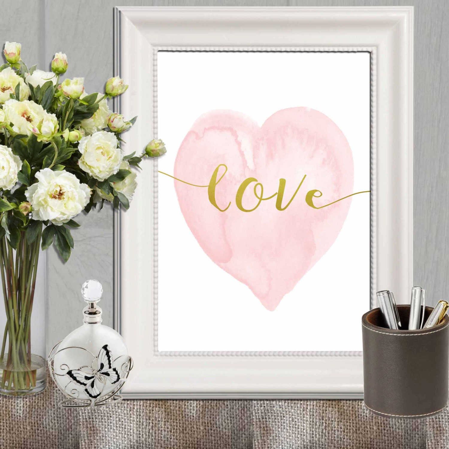 Heart print pink nursery heart wall art pink gold heart art for Pink wall art