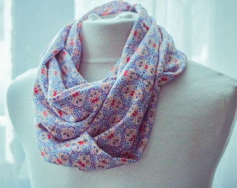 """Summer Snood """"geometra"""" - festive gift idea for mothers"""