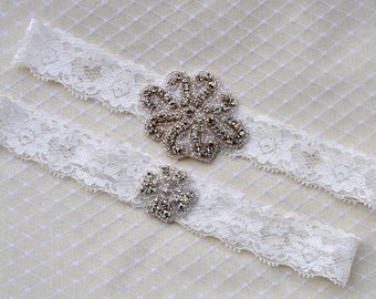 Wedding Garter Set Ivory,Crystal Garter Set, Bridal Garter Set, Vintage Wedding, Lace Garter, Crystal Rhinestone Garter and Toss Garter Set