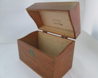 Globe Wernicke No 83-C Junior Tray Wooden Index Cards Box Container with Lid Card File Box Recipe Box Office storage box