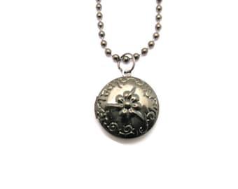 Gunmetal Locket  Flower Locket Necklace Gunmetal Round Small Locket Necklace Photo Locket Jewelry