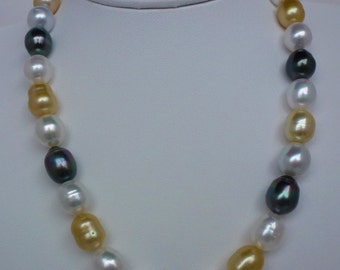 Multi color Tahitian Golden and White South Sea necklace
