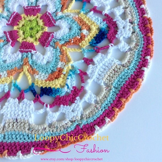 Free Crochet Pattern Flower Table Runner : 17 Flower Table Centerpiece Crochet Table Runner