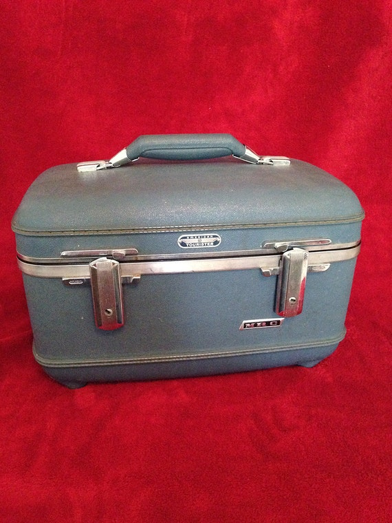 american tourister vanity luggage by myfoundvintage