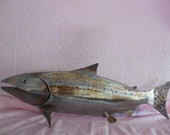SPECIAL FISHING TROPHY  King Salmon Metal Art Sculpture