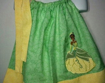 Princess Tiana Frog Girl Pillowcase Pillow Case Girl Boutique Summer Sun Dress! Birthday Party Dress Frog Princess Park Green Yellow