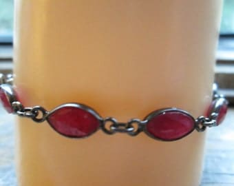 Handcrafted Victorian Sterling Silver - 15.00ctw Rose Cut Genuine Red Ruby Bracelet 5.3 Grams, 7.25 Inches