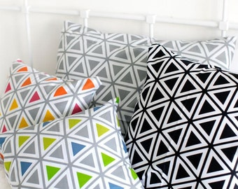 Scandinavian Style Triangle Pattern 20s Cotton Fabric by Yard - 4 Colors Selection