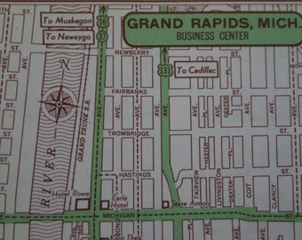 1951 - Grand Rapids City Map - Vintage Map of Grand Rapids - Street Map - Antique Map - Small City Map Great for Gifts & Presents