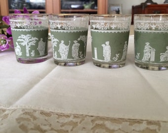 Vintage roman design green shot glasses set